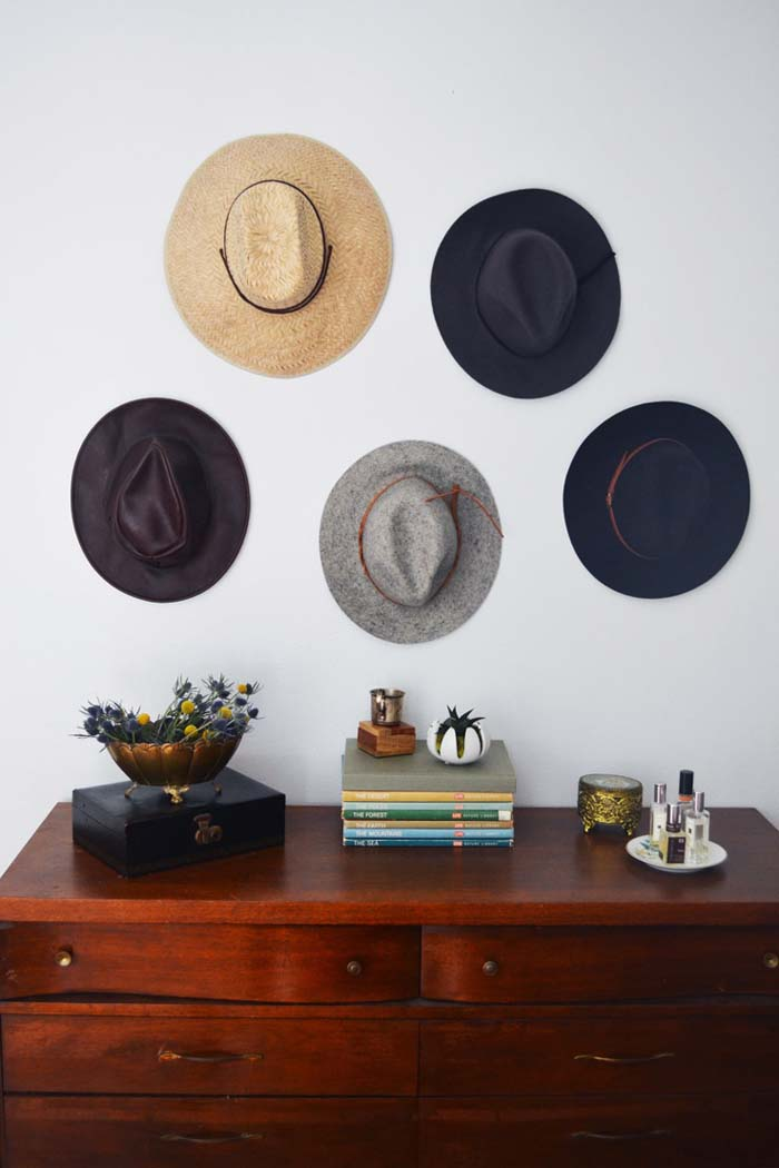 Vintage Ranch Hat Rack #hatrack #diy #organizer #decorhomeideas