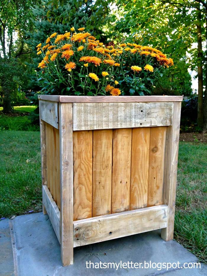 Rustic Large Wood Planter Box #diy #planter #wood #flower #pallet #decorhomeideas