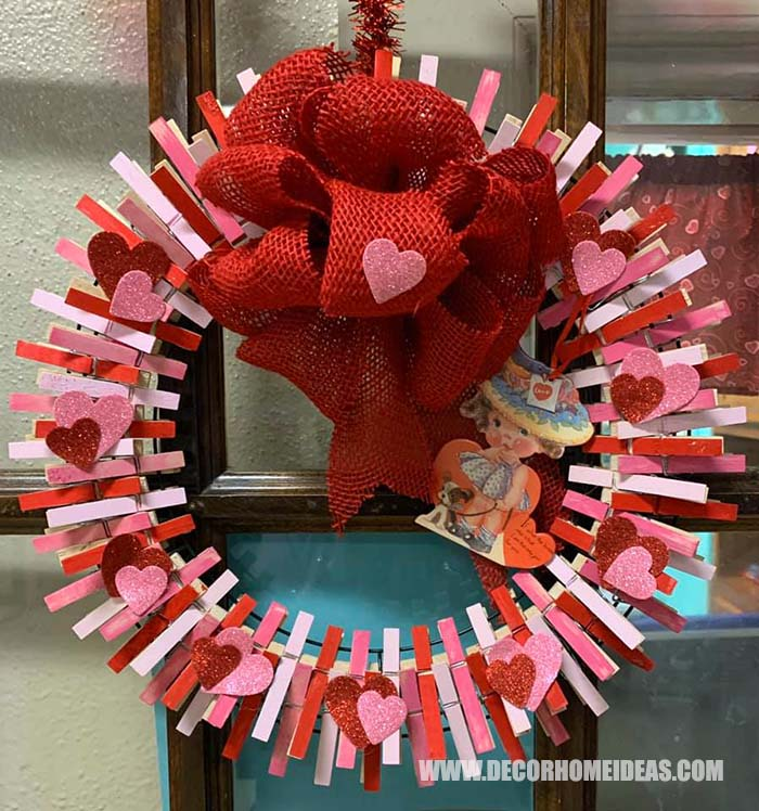 Valentines Day Diy Clothespin Wreath #diy #clothespin #wreath #crafts #decorhomeideas