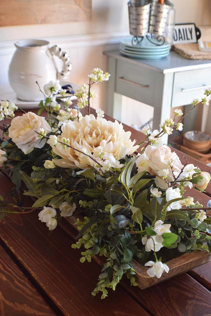 Best Rustic Home Decor Floral Centerpiece #diy #rustic #summer #decorations #decorhomeideas