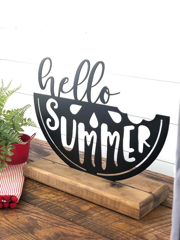 Cute Hello Summer Metal Sign Shelf Sitter #diy #rustic #summer #decorations #decorhomeideas