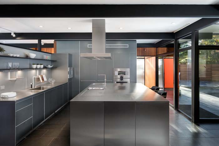 Stainless Steel Kitchen With Dull Finish #kitchen #cabinets #metal #steel #decorhomeideas