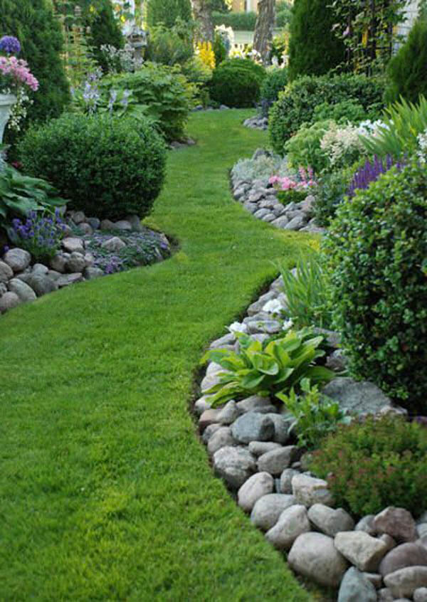 Green Walkway Stones Edging