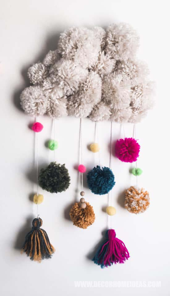 Handmade Pompom Cloud How To Decorate Girl Room with Montessori method, DIY decorations and furniture, wall murals , play areas and toy storage. #diy #kidsroom #montessori #decor #decorhomeideas