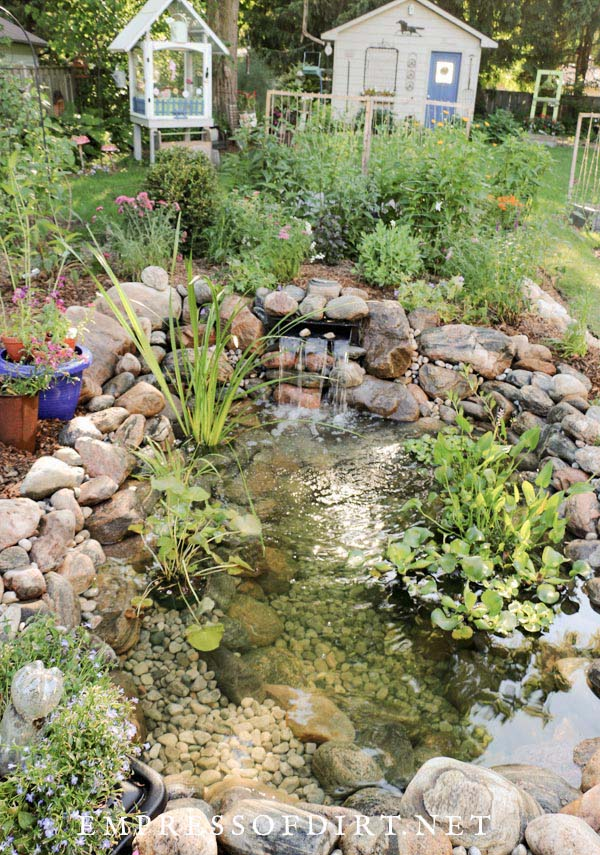 How to Build a Backyard Garden Pond #pond #diy #garden #waterfeature #decorhomeideas