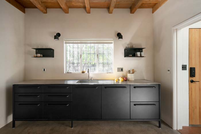 Modular Black Cabinets For Small Kitchen #kitchen #cabinets #metal #steel #decorhomeideas