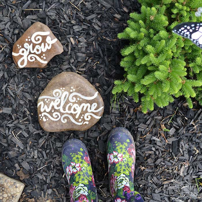 Painted Rocks With Messages For Your Garden #diy #garden #rocks #stones #decorhomeideas