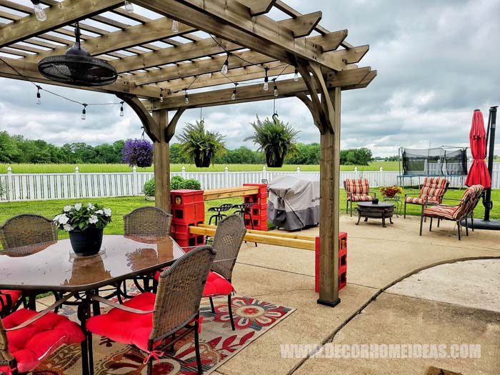 Pergola With Diy Cinder Blocks Bar