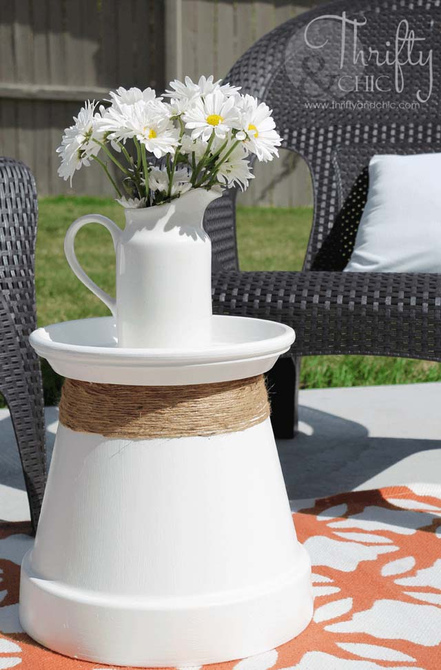 Pot-Side-Up Restructured Patio Table #diy #project #backyard #garden #decorhomeideas