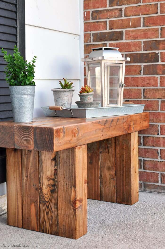 Rustic Hardwood Outdoor Potting Table #diy #porch #patio #projects #colorful #decorhomeideas