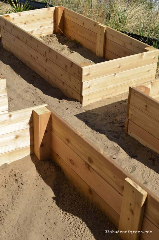 Simple Cedar Raised Garden Boxes #raisedbed #garden #diy #cheap #decorhomeideas