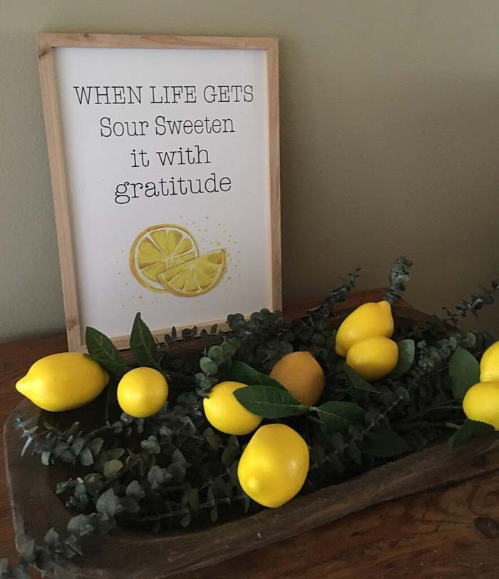 Sweet Lemon and Eucalyptus Tablescape #diy #rustic #summer #decorations #decorhomeideas