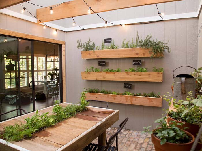 Three-Way Sun Room Herb Garden #diy #herbgarden #herbs #garden #ideas #decorhomeideas