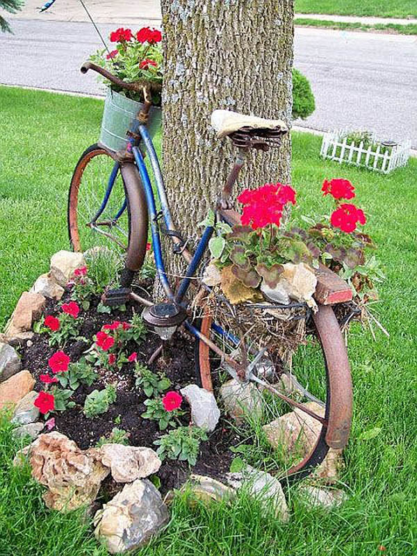 Vintage Bicycle Rocks Garden Edging