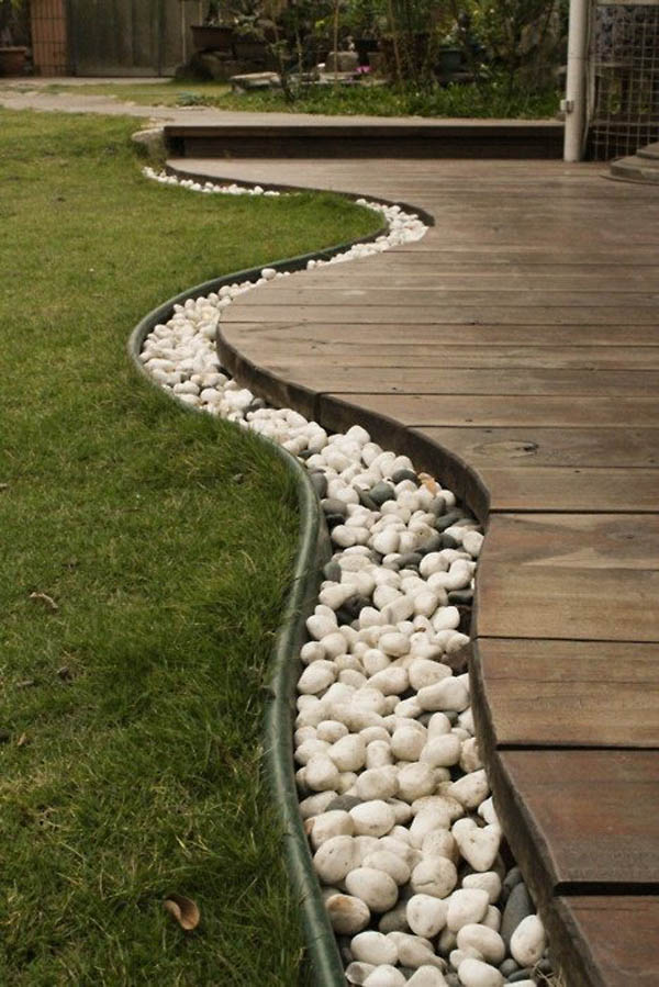 White Pebbles River Flow Garden Edging