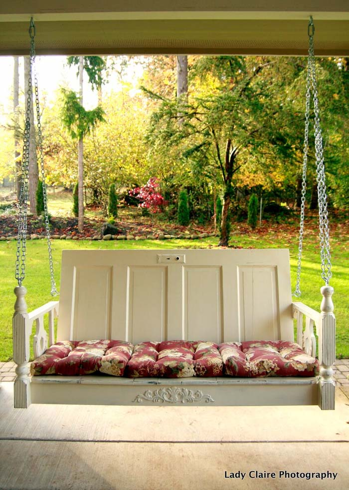 Antique Table Top To Swing Bed #porch #swing #bed #decorhomeideas