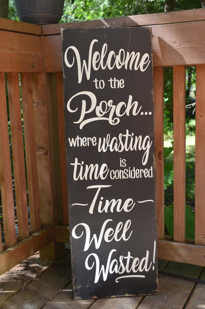 Black Painted Wooden Veranda Sign #veranda #decor #rustic #decorhomeideas