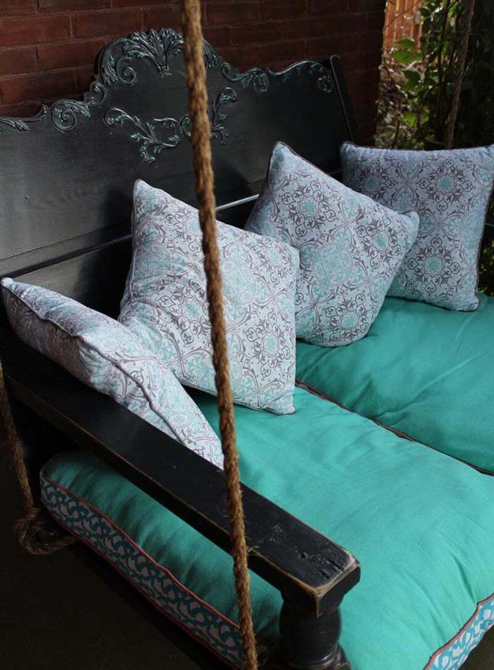 Blue Cushioned Porch Swing #porch #swing #bed #decorhomeideas