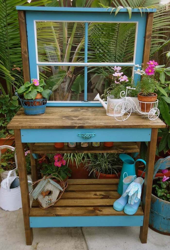 Bright Paint, Warm Stain and a Window #diy #potting #bench #garden #decorhomeideas