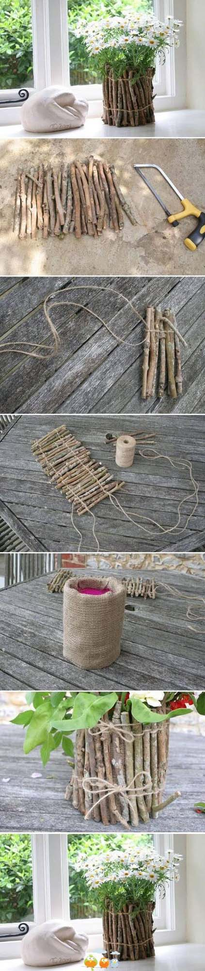 Burlap Lined Natural Stick Planter #diy #flowerpot #garden #flower #decorhomeideas