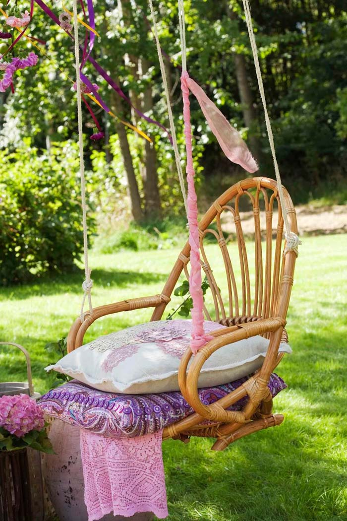 Chair Swing with Cushions #chair #diy #repurposed #decorhomeideas
