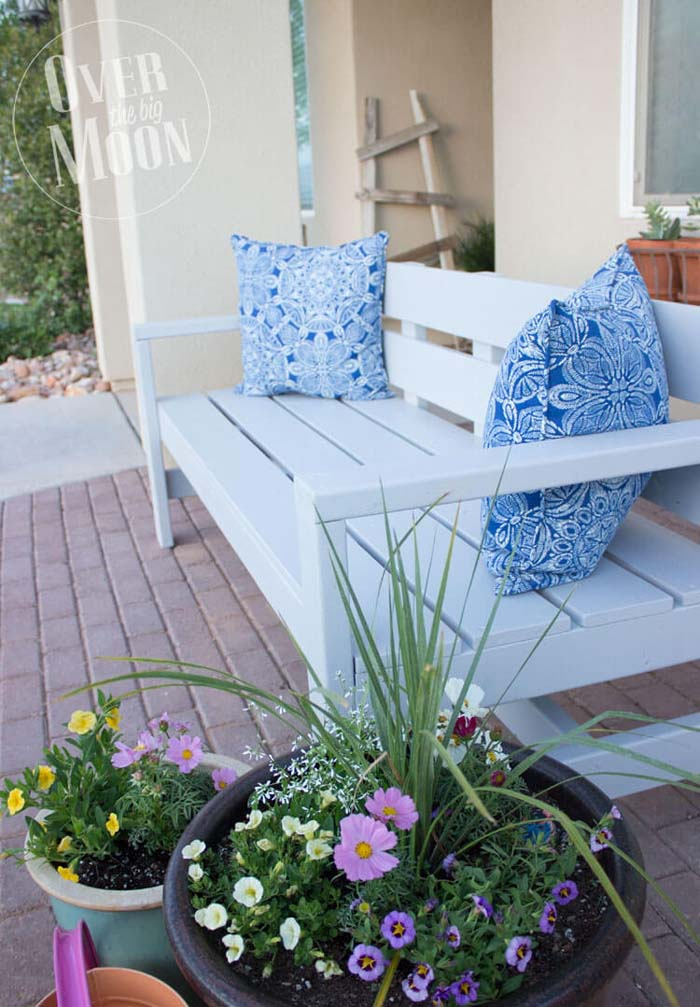 Classic Patio Bench for Two #diy #furniture #patio #decorhomeideas