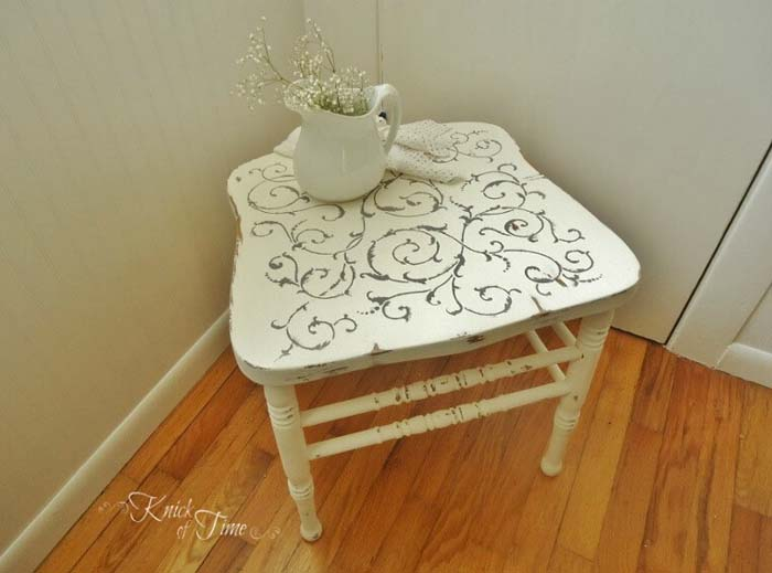 Corner Table #chair #diy #repurposed #decorhomeideas