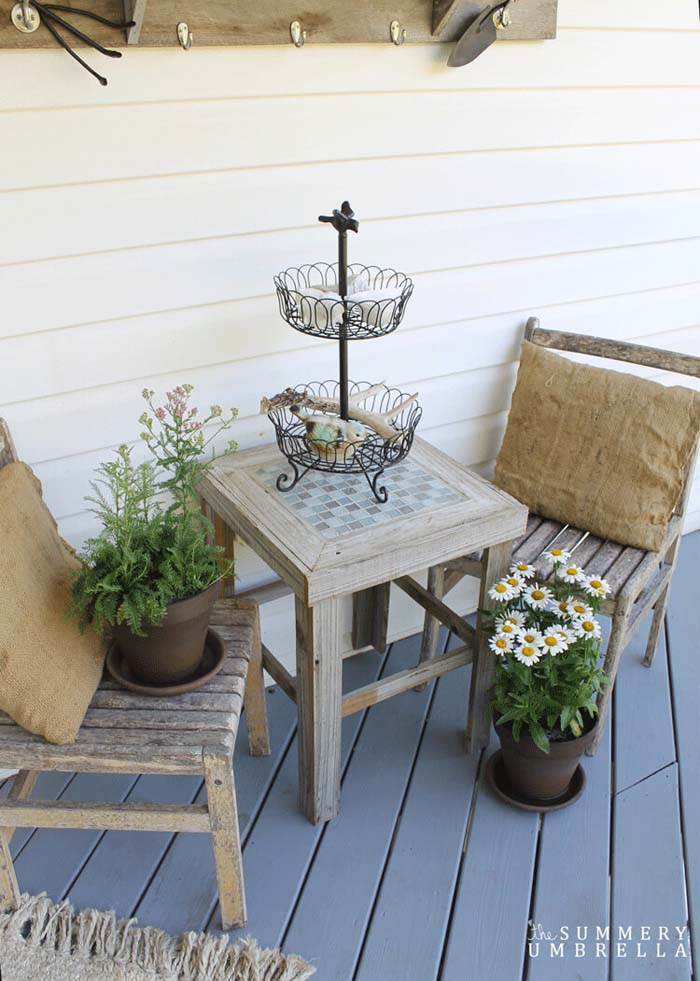 Decorate with Foraged Bits and Pieces #veranda #decor #rustic #decorhomeideas