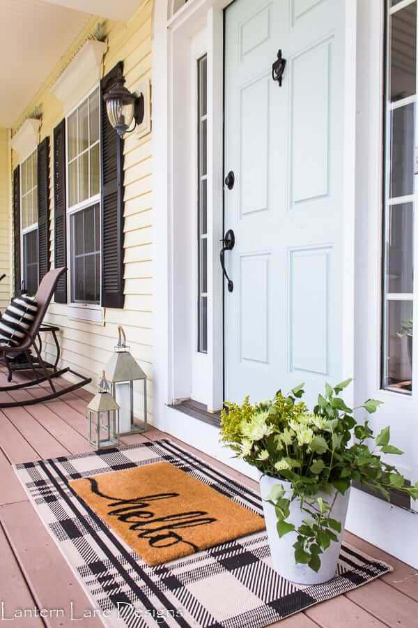 Double the Doormats for Double the Charm #veranda #decor #rustic #decorhomeideas