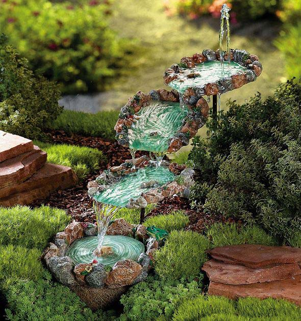 Fairy Garden Water Feature #diy #waterfeature #backyard #garden #decorhomeideas