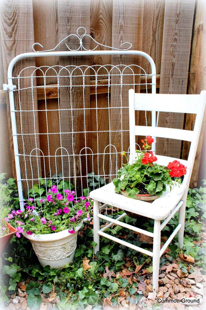 Flower-themed Rest Center #diy #garden #decor #countryside #decorhomeideas