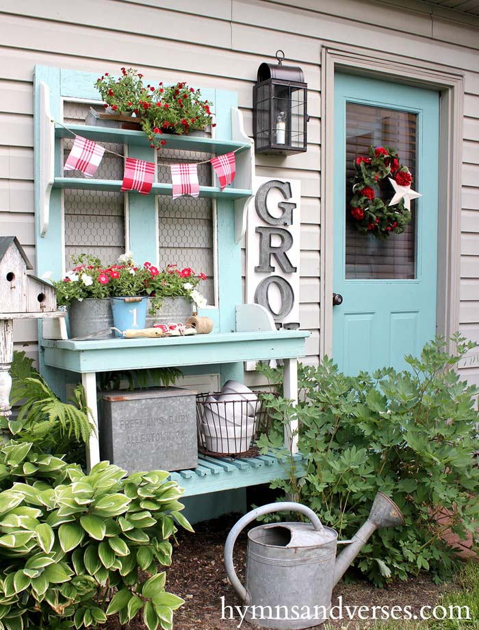 Garden Décor that Matches Your Door #diy #potting #bench #garden #decorhomeideas