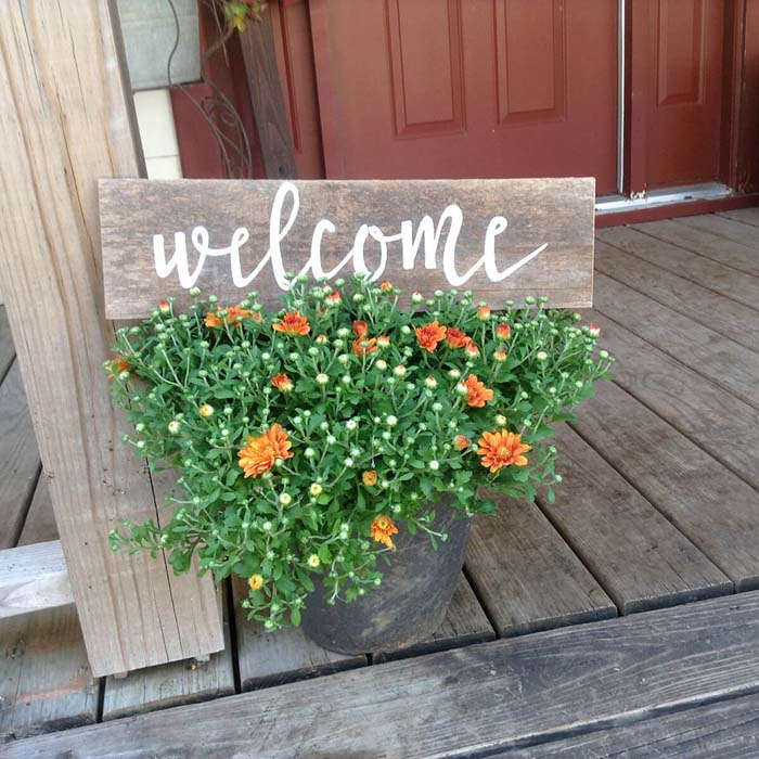 Handmade and Lightweight Country Welcome Sign #veranda #decor #rustic #decorhomeideas