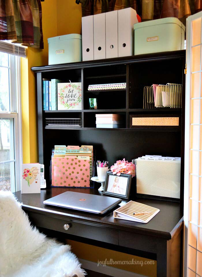 Home Office for Small Spaces #homeoffice #organization #decorhomeideas