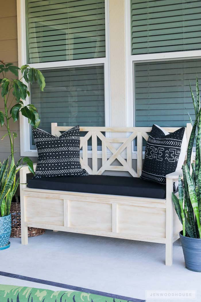 Light Wood Cushioned Storage Bench #diy #furniture #patio #decorhomeideas