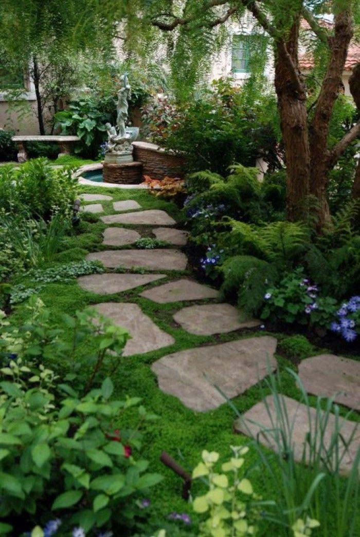 Make your Garden Dreamlike with these Stepping Stones #steppingstones #garden #backyard #pathway #decorhomeideas