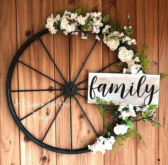 Metal Bicycle Wheel with Welcome Sign #farmhouse #summer #decor #decorhomeideas
