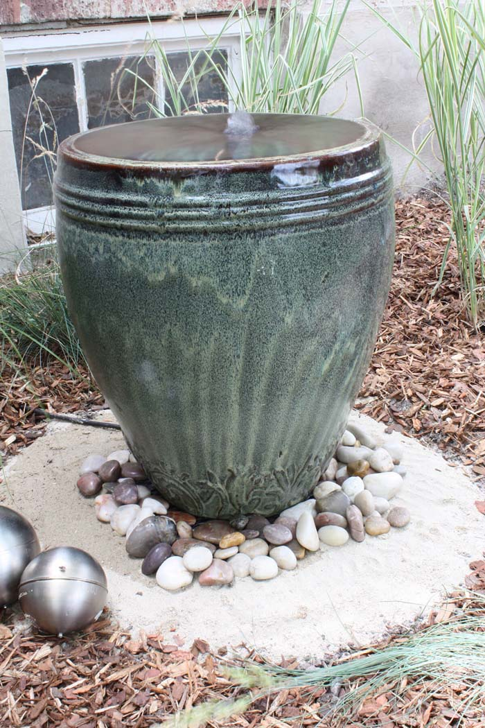 My Ceramic Pot Overfloweth Water Feature #diy #waterfeature #backyard #garden #decorhomeideas
