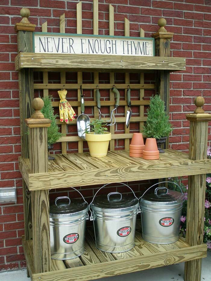 Never Enough Thyme but Plenty of Wood #diy #potting #bench #garden #decorhomeideas