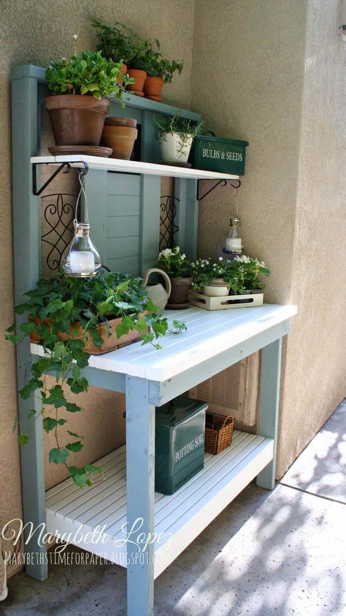 Pretty as a Picture Blue Potting Bench #diy #potting #bench #garden #decorhomeideas