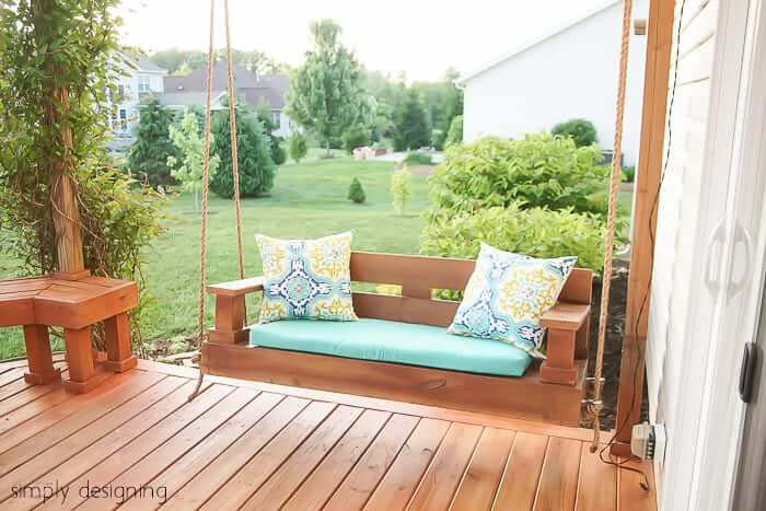 Relaxing and Picturesque Porch Swing #diy #furniture #patio #decorhomeideas