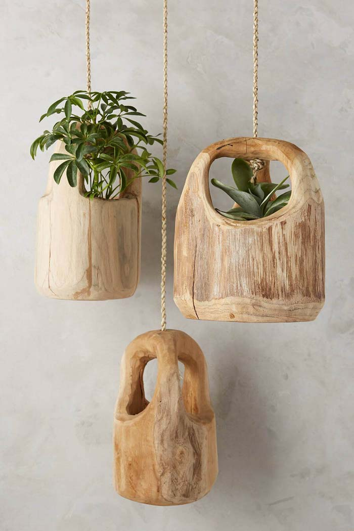 Rustic Carved Wooden Hanging Planters #diy #planter #flower #hanging #garden #decorhomeideas