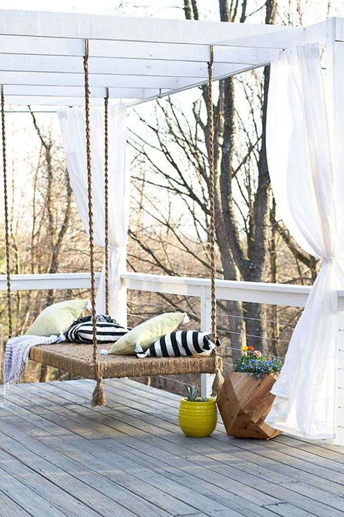 Rustic Rope Hanging Swing Bed #porch #swing #bed #decorhomeideas