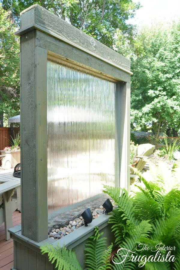 Rustic Window Pane Falling Water Feature #diy #waterfeature #backyard #garden #decorhomeideas