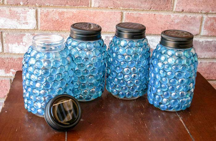 Solar Light Lids and Glass Beaded Jars #diy #solar #lights #solarlight #garden #decorhomeideas