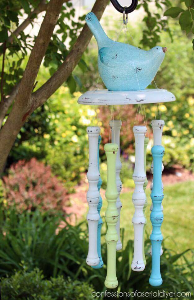 Spindle Wind Chimes #chair #diy #repurposed #decorhomeideas