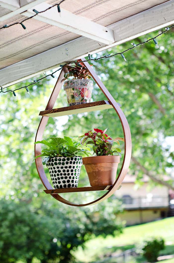 Teardrop Shaped Potted Plant Display Shelf #diy #planter #flower #hanging #garden #decorhomeideas