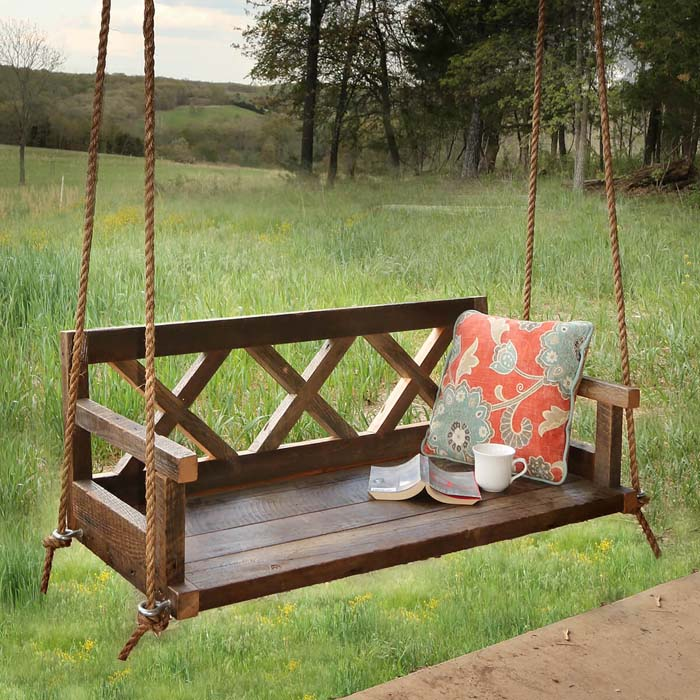 Whimsical and Romantic Porch Swing #diy #backyard #projects #decorhomeideas