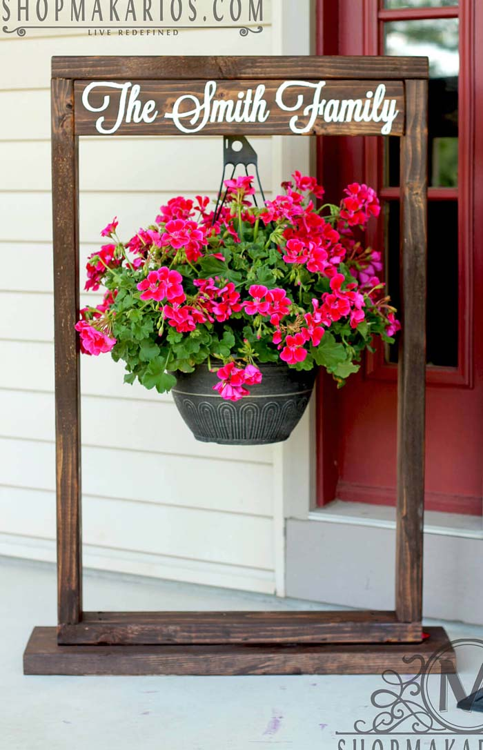 Wooden Entryway Sign and Hanging Flower Pot #diy #planter #flower #hanging #garden #decorhomeideas