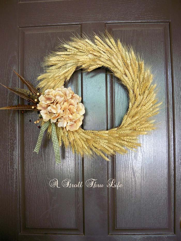 Wreaths Made of Things Other Than Flowers #veranda #decor #rustic #decorhomeideas